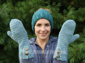 Crochet Classic Winter Mittens