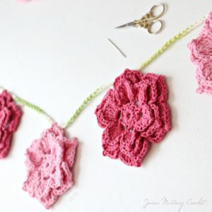 The Rosa Crochet Flower