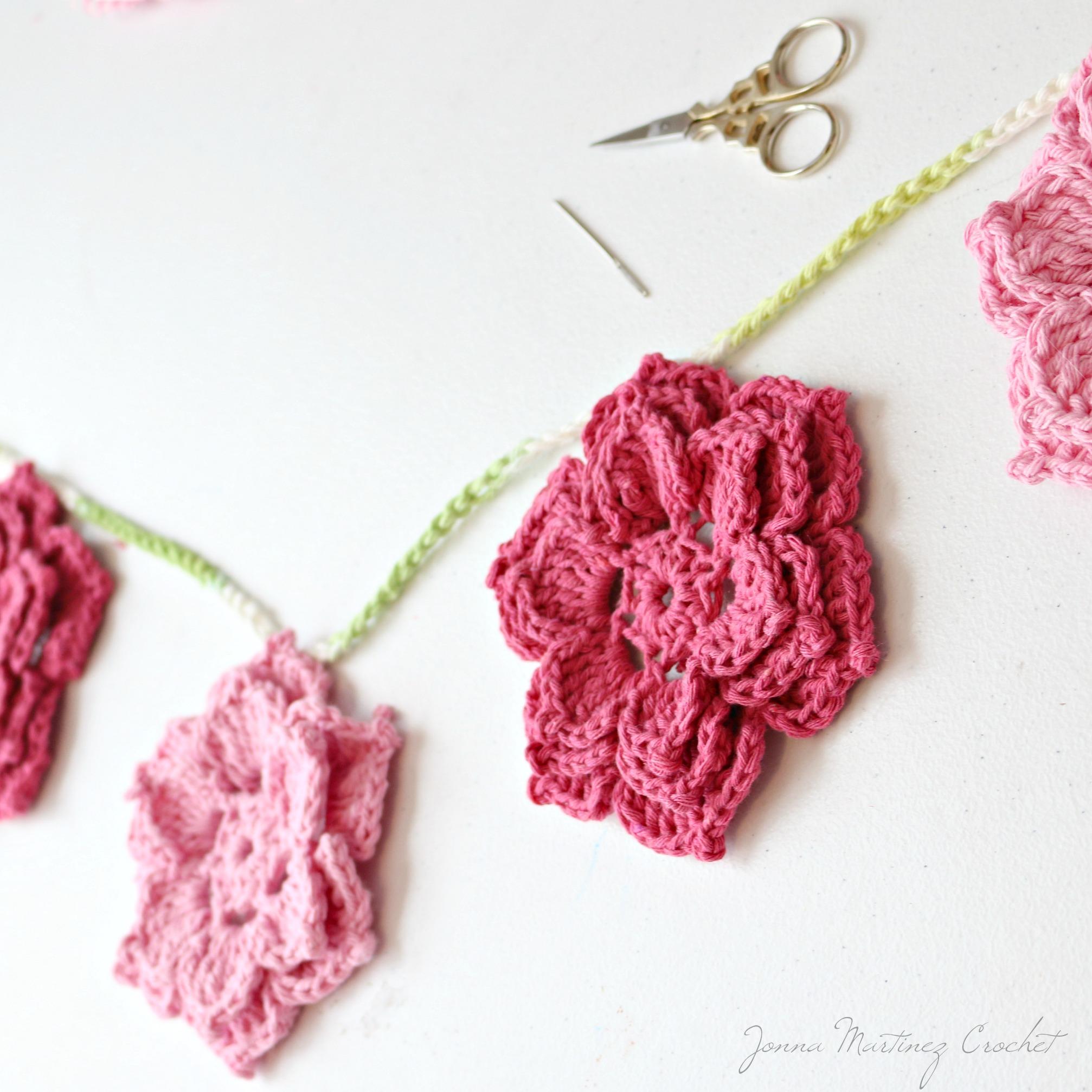 The Rosa Crochet Flower
