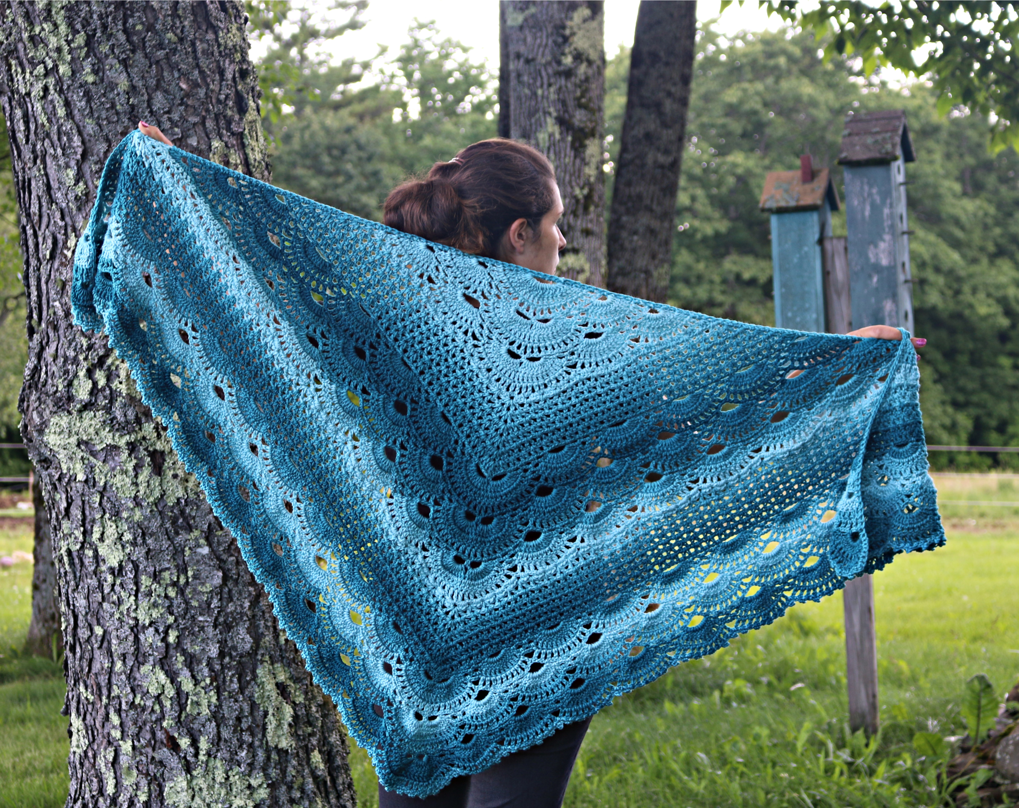 Victoria's German Shells Shawl